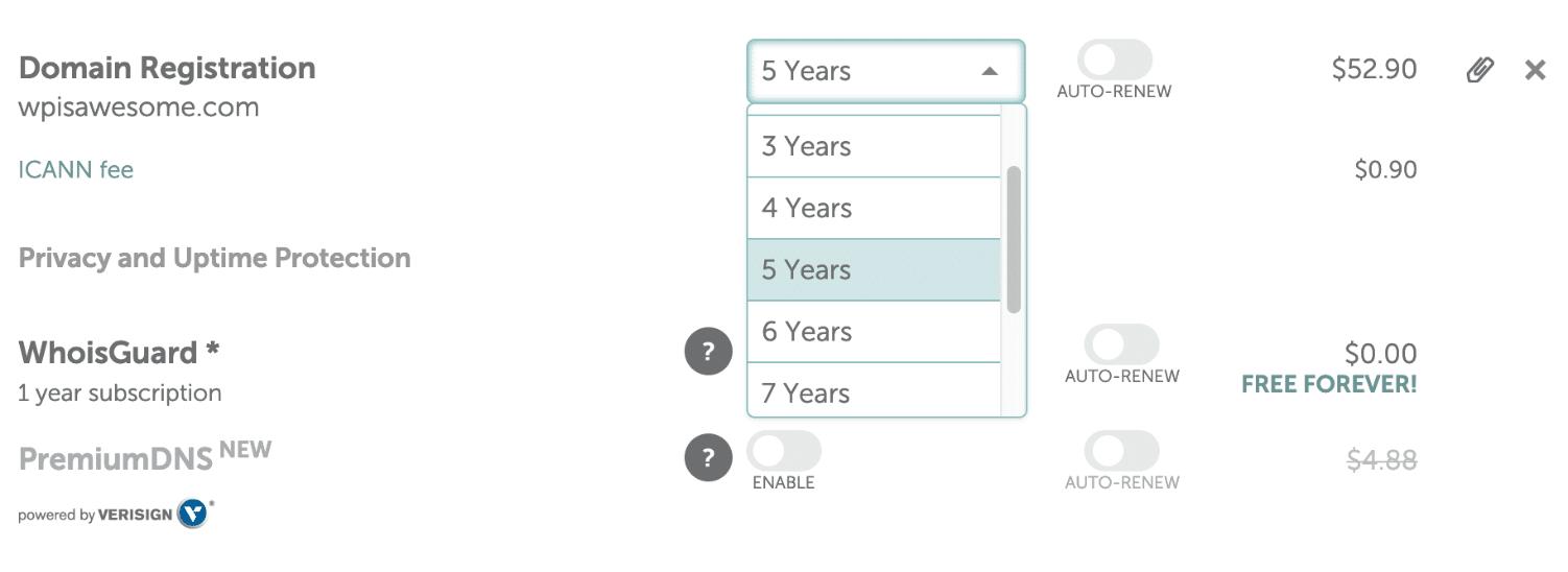 Registriere eine Domain für mehrere Jahre mit Rabatt.