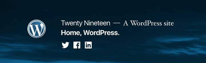 Título del sitio, descripción del sitio, y menús en el encabezado de Twenty Nineteen