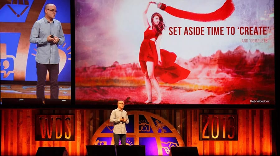 Darren Rowse dando una conferencia en el World Domination Summit (WDS)