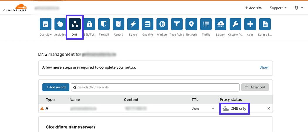 La pestaña DNS en el sitio de Cloudflare