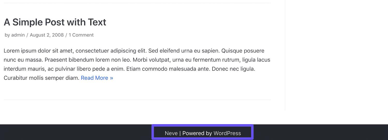 Un crédit de thème et le lien «Propulsé par WordPress» dans un pied de page