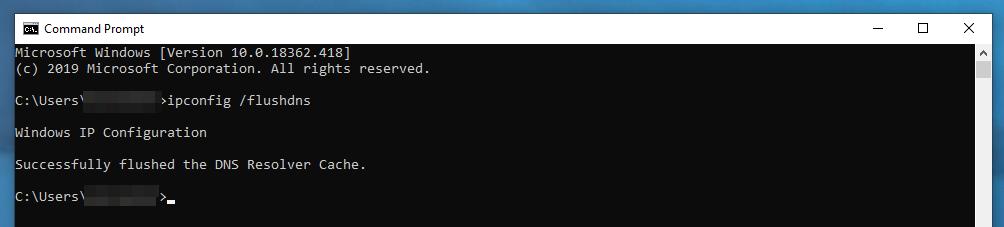 Il messaggio di conferma del Prompt dei Comandi di avvenuta pulizia della cache del DNS