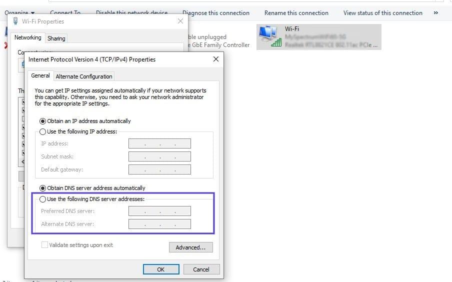 I campi per inserire indirizzi di server DNS preferiti e alternativi in Windows