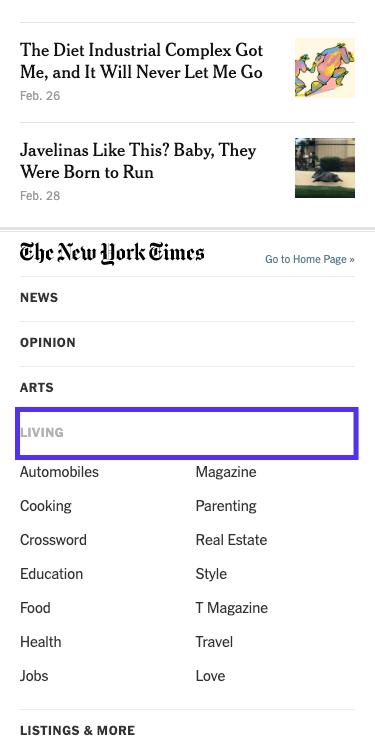 The New York Timesの記事 – 展開した状態のフッターメニュー(モバイル版)
