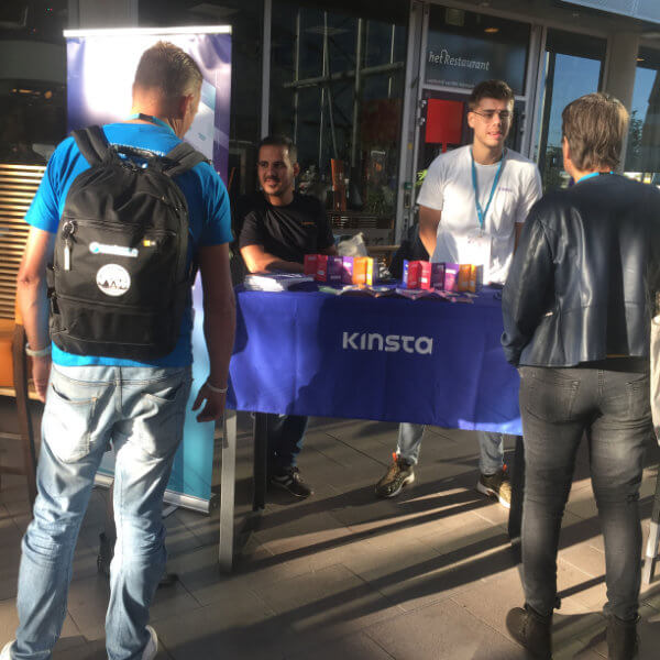 Mais do quiosque Kinsta no WordCamp Nijmegen