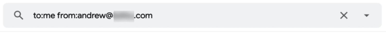 Cómo ver una lista de todos los correos electrónicos enviados por una persona específica